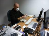 Duque en la sala de proceso técnico