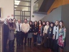 Alumnos y personal de la BNE, juntoa José Carlos Gosálvez y Germán Labrador, al finalizar la visita.